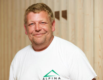 swen kilian mitarbeiter alpina hausbaufirma