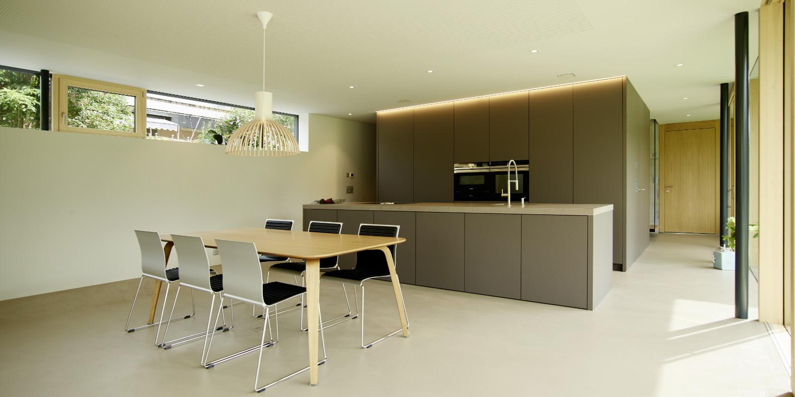 ALPINA: Individuelle Häuser mit Küchen aus Holz : Alpina Haus